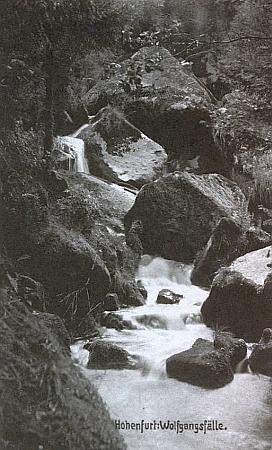 Vodopády sv. Wolfganga na staré pohlednici firmy Josef Seidel