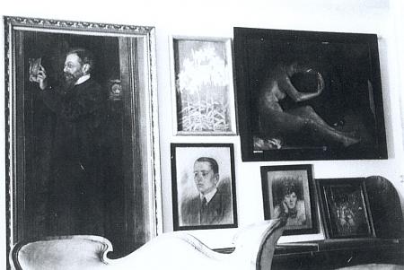 Malby její sestry, akademické malířky Ernestine Prischingové, v Abeleových domě, dnes muzeu v Železné Rudě