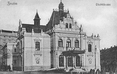 Divadlo ve Znojmě kolem roku 1905