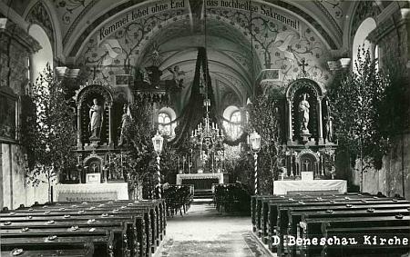 Vnitřek kostela svatého Jakuba Většího v Benešově nad Černou