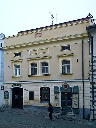 ... a vedlejší dům čp. 54, kde Adolf Jirka žil