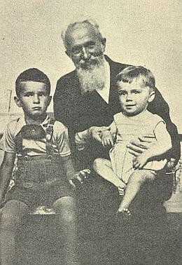 Josef Taschek s pravnuky (Norbert Gaffal a Peter Johanek)