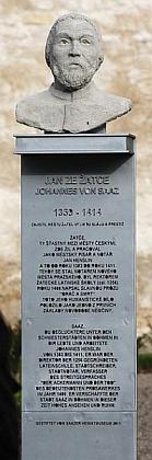 Památník, vysvěcený vříjnu 2011 v Žatci