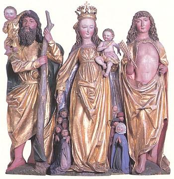 Socha Panny Marie Ochranitelky mezi sv. Šebastiánem a sv. Kryštofem na pozdně gotickém oltáři z mariánského poutního kostela v Kašperských Horách