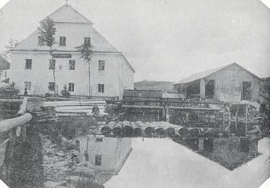 Rodný mlýn (viz i Johann Jungbauer, Rudolf Jungbauer a Emma Pichlmeierová)