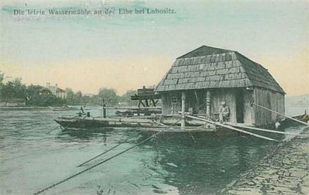 """Rodné Lovosice s přístavem na vyobrazení z počátku 19. století a zdejší poslední """"lodní mlýn"""""""