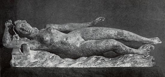 Řeka Lužnice, jak ji zpodobnil sochař Jaroslav Smrž (*1909, datum úmrtí neznámé) někdy za protektorátu patinovanou sádrou
