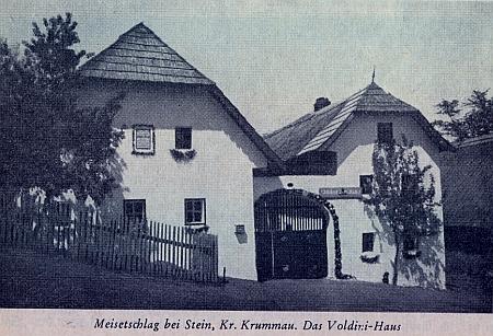 """O stavení čp. 7 zvaném """"Voldini-Haus"""" v zaniklých Míšňanech s pamětní deskou na počest Kaimovu"""