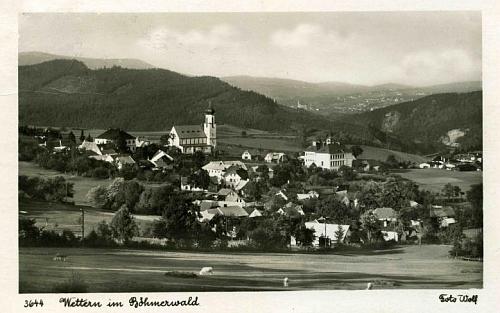 Větřní na pohlednici krumlovského fotografa Josefa Wolfa