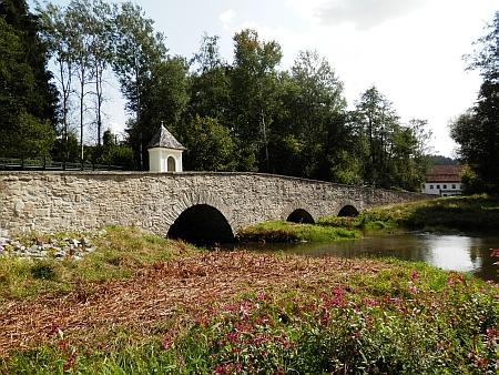 Starý soumarský most u bavorského Röhrnbachu