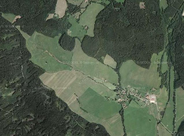 Borová a Borovští Uhlíři na leteckém snímku