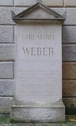 ... a hrob Carla Marii von Webera na tamním Starém katolickém hřbitově