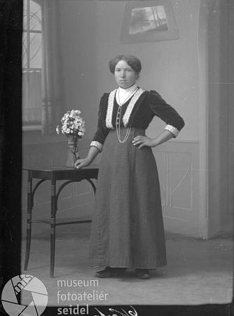 Aloisia Kindermannová na snímku z téhož dne