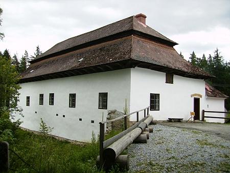 Rybářská bašta u rybníka Olšina je cennou stavební památkou