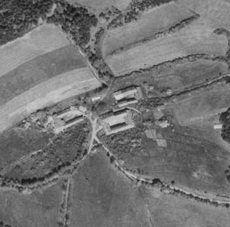 ... a Stěžerov na leteckých snímcích z roku 1947 a 2008