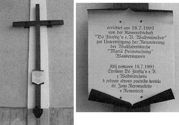 Kříž u nemanického kostela a nápis na něm
