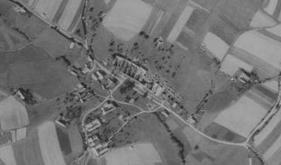 Rodná Borová na leteckých snímcích z let 1952 a 2011