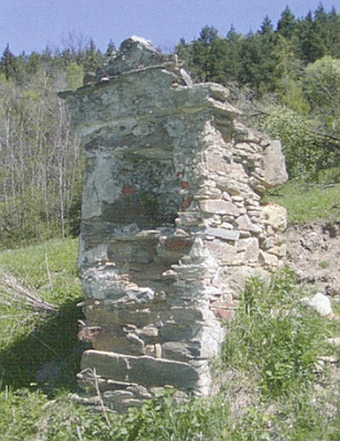 Kaplička v zaniklé vsi Hora