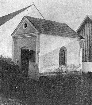 Návesní kaple v zaniklé vsi Hora