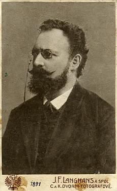 Na snímku z roku 1891, ...