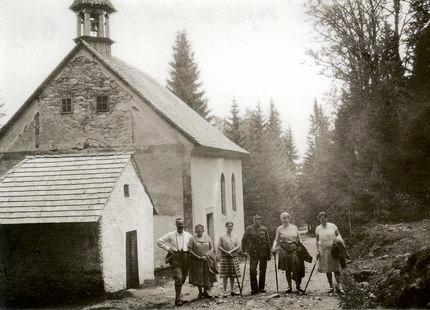 Hauswaldská kaple na snímku z roku 1920