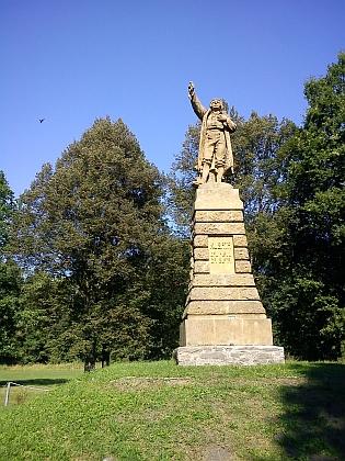 Pomník Jakuba Kubaty u Zbudova připomíná selskou rebelii z konce 16. století - při jeho odhalení 21.8.1904     se konal tábor lidu za účasti více než 30 000 lidí, přítomni byli i Karel Klostermann a Adolf Heyduk