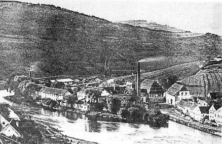 Krumlovská papírna Spiro v roce 1890...