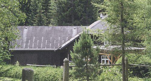 Rodný dům ve Starém Srní na novějším snímku