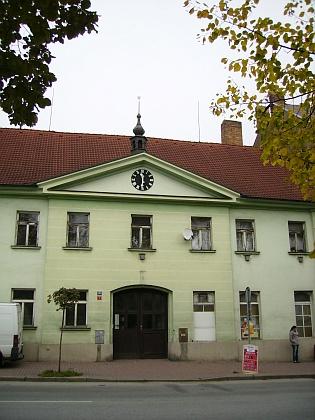 Budova bývalého soudu v Lišově, kde působil