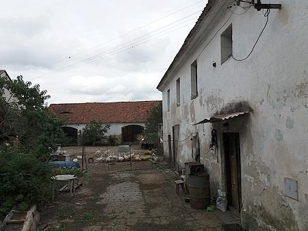 Rodný dům čp. 18 ve Střelských Hošticích