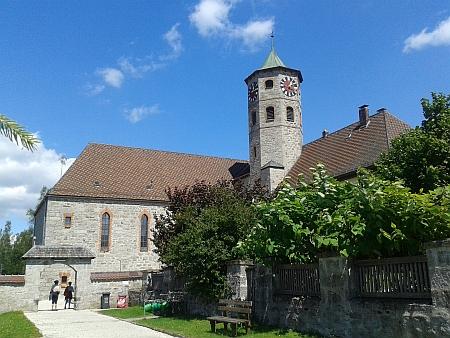 Kostel  sv. Maximiliana a sv. Valentina v Haidmühle, u něhož je pochován