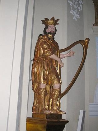 Nově zrestaurovaná socha krále Davida z kostela sv. Mikuláše v Boru u Tachova, dílo Johanna Christopha Artschlaga