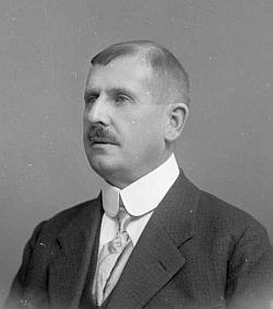 Tento jeho snímek je datován 26. října 1919