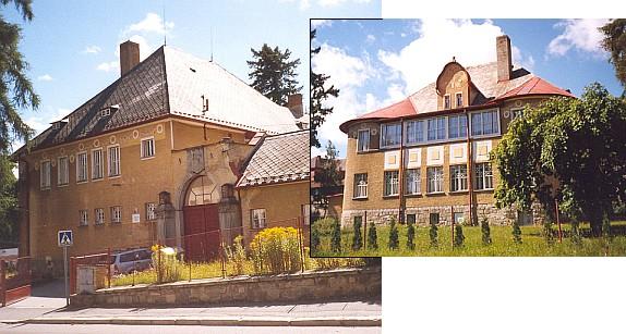 Dvě vily Kralikových ve Vimperku - dnešní stav, ta novější secesní,  která vznikla roku 1905 podle návrhu významného vídeňského architekta Leopolda Bauera, má nad branou jejich rodový erb...
