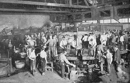 Pohled do Kralikových sklárny v Lenoře