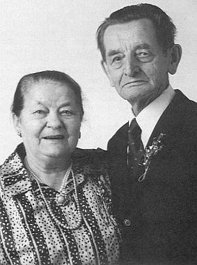 O zlaté svatbě v roce 1987 se svou ženou Pauline