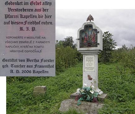 Boží muka na bývalém hřbitově v Kapličkách