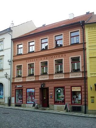 Čp. 15 na prachatickém Kostelním náměstí - byl to jeho rodný dům?