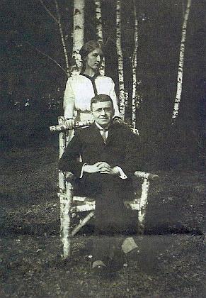 Se Sidonií Nádhernou na zámku ve Vrchotových Janovicích roku 1914