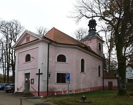 Kostel Nejsvětější Trojice v Libníči, kde byl pokřtěn
