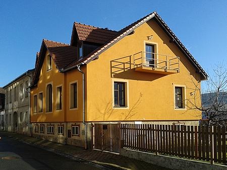 Lázeňská ulice v Prachaticích, dům čp. 182/II., zdejší domov Irmy Krütznerové na snímku z ledna roku 2016