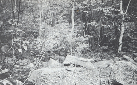 Stav místa v květnu roku 1995