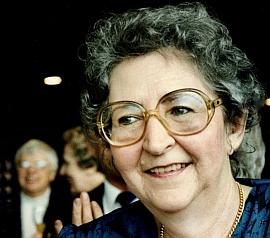 Na snímku z roku 1988 při udělení ceny Johann-Heinrich-Merck-Ehrung v Darmstadtu