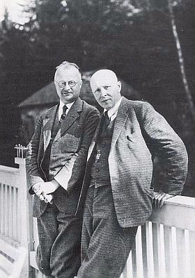 S Hansem Watzlikem v Nýrsku někdy kolem roku 1930