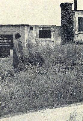 Jeho hrob na hřbitově ve Starých Prachaticích, jak vyhlížel ještě v roce 1968