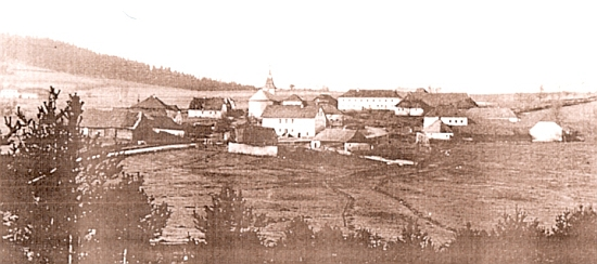 Dnes zcela zaniklé Cudrovice, kde Alois Kuchler rovněž působil, na staré pohlednici
