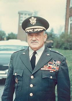 Generálmajor Ernest Nason Harmon (1894-1979)