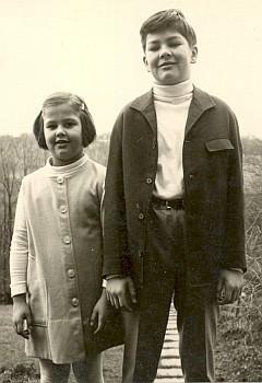 Dcera a syn autorky po válce v Marbachu u Stuttgartu