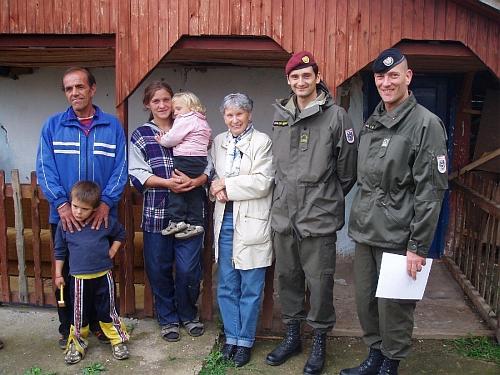Na humanitární misi s bosenskou rodinou a s vojáky rakouského Bundesheeru