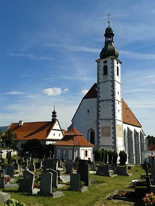 Farní kostel Nanebevzetí Panny Marie vKájově